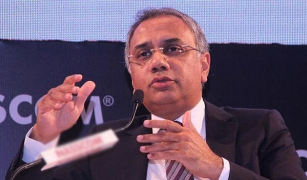 Infosys repeats history, but this time goes for a services man in Salil Parekh